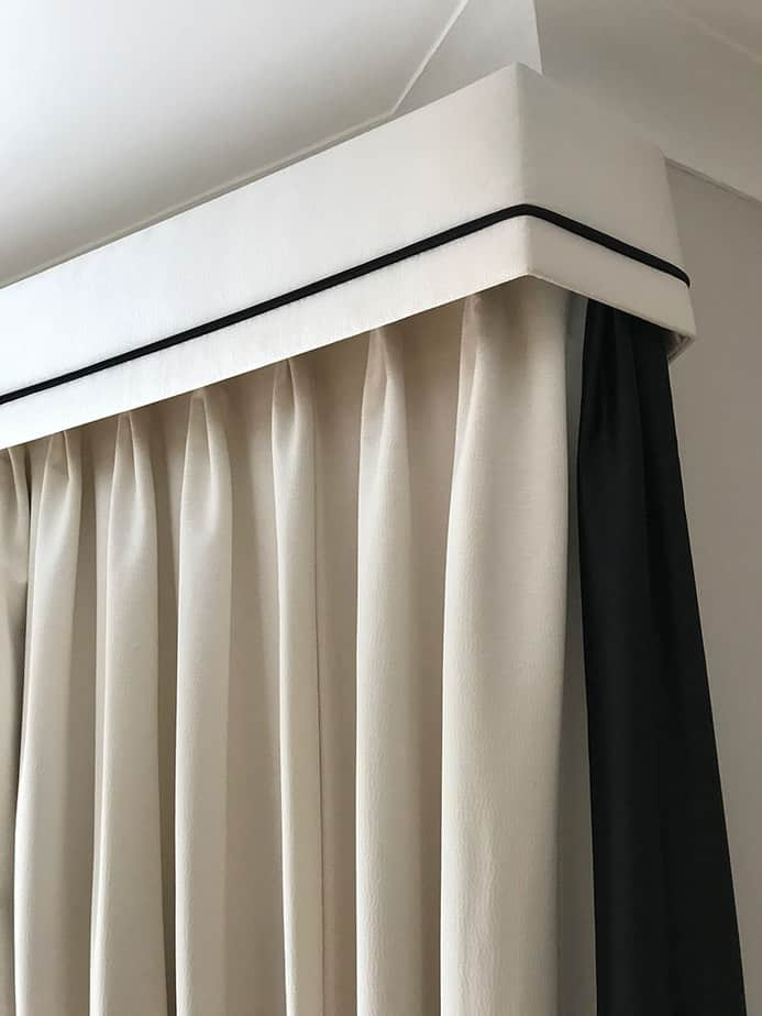 bordered-edge_curtains_banstead