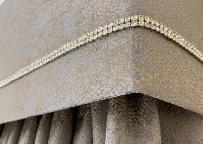 curtains_banstead_ester-pelmet-close-up