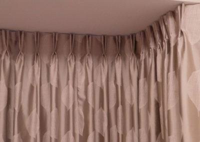 curtains_blinds_banstead_bay-pinch
